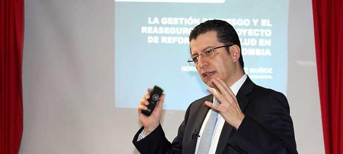 Norman Julio Muñoz Muñoz,ex- Superintendente Nacional de Salud.