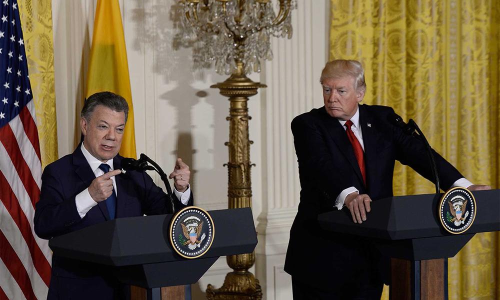 Presidente Juan Manuel Santos junto a Donald Trump.