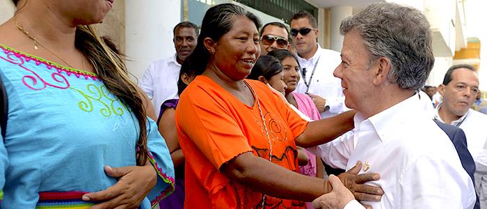 Santos con población vulnerable.