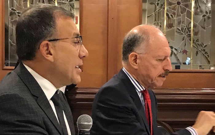 Roy Barreras y Temístocles Ortega, autores de la reforma política.