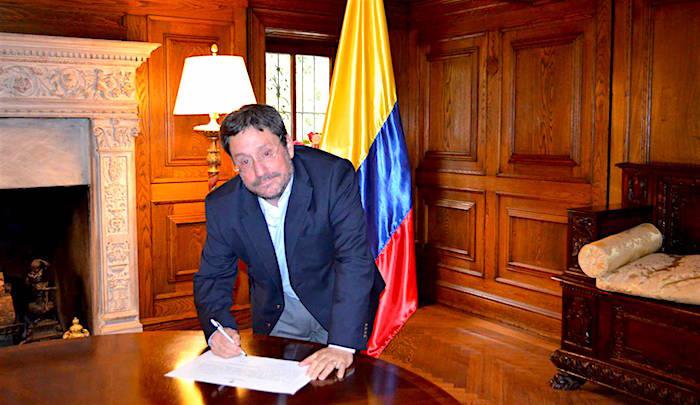 Embajador de Colombia en Estados Unidos, Francisco Santos.