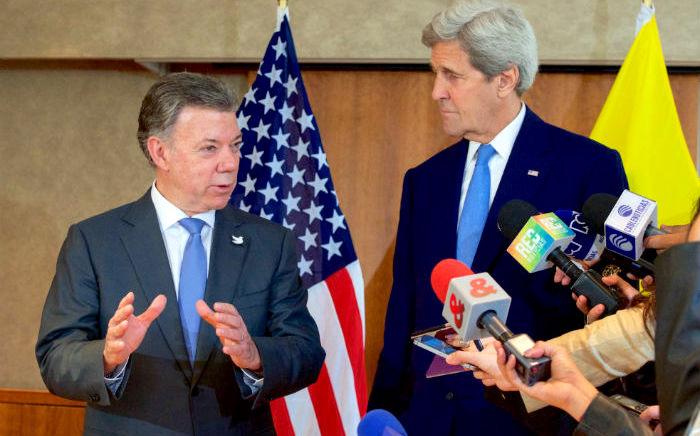 Juan Manuel Santos y los medios de comunicación