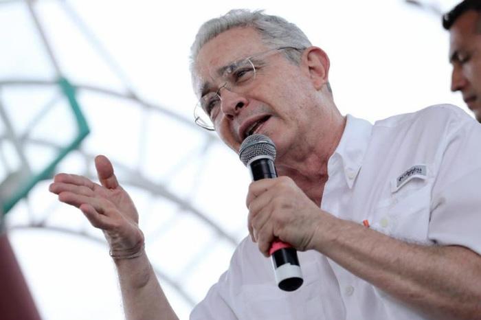 Álvaro Uribe ¿la oposición de Duque?