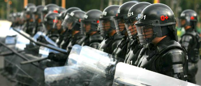 Policía antimotines de Bogotá.