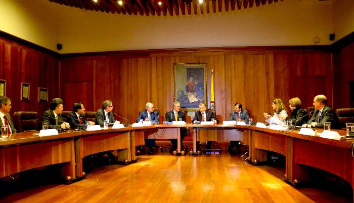 Reunión Duque y presidentes de las cortes.