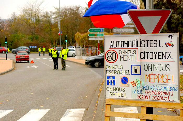 Las manifestaciones en contra de los impuestos al combustible.
