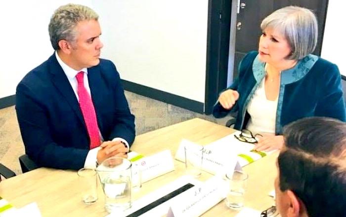 Iván Duque reunido con la presidenta de la JEP, Patricia Linares.
