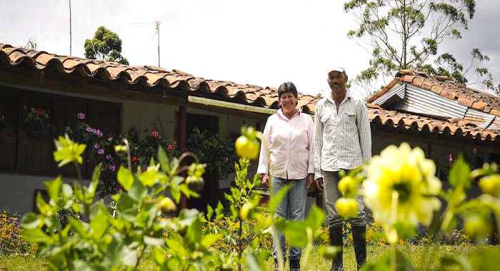 La mayor parte de nuestra canasta familiar proviene del trabajo de familias campesinas.