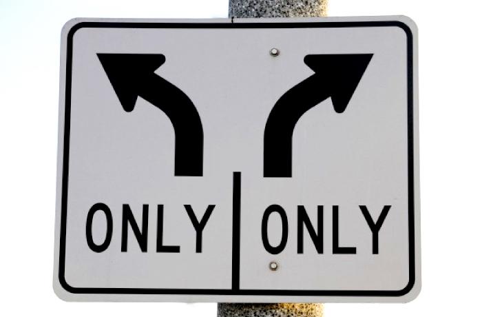¿Solo existe la izquierda y la derecha? ¿Están la mayoría de electores en el centro?