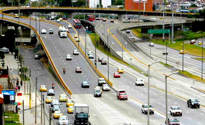 ¿Cuál es la mejor forma de modernizar el sistema de taxis en Bogotá?