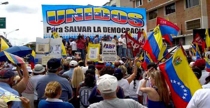 La Asamble Nacional venezolana deberá decidir si asume la presidencia de Venezuela.