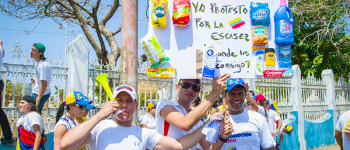 Marchas, muestra de la escasez en Venezuela.