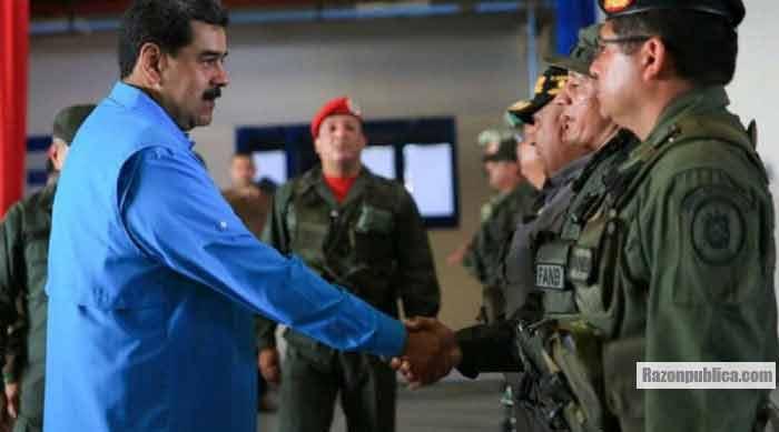 Maduro y los militares venezolanos. Una alianza difícil de roer