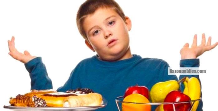 Se ha acusado a las empresas productoras de alimentos procesados de promover el consumo de productos con altos niveles de azúcar desde la niñez