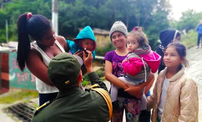 Atención en Colombia a niños venezolanos.