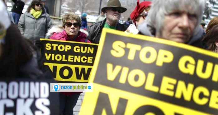 La pelea entre los que exigen un mayor control al acceso a armas y los que culpan de los atentados a desórdenes mentales seguirá.