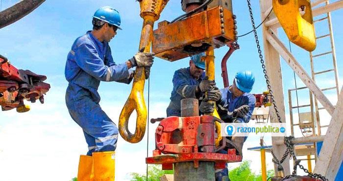 La comisión para evaluar la extracción no convencional de petróleo deja más dudas que certezas.