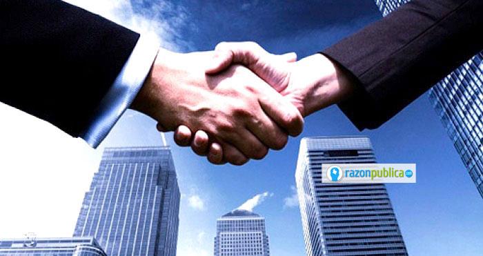 Las pequeñas empresas buscan crecer como una forma de alcanzar un tamaño mínimo eficiente.
