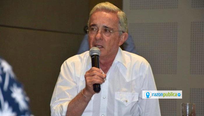 Álvaro Uribe: culpabilidad penal y responsabilidad política