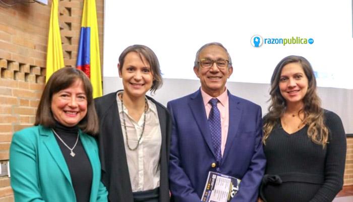 Darío Acevedo firmó un convenio interinstitucional con Colciencias.