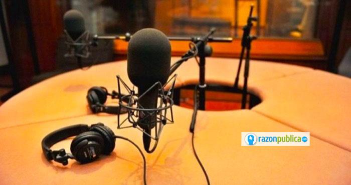 Con los años la radio se ha adaptado a los cambios e incursionado en nuevas tecnologías.