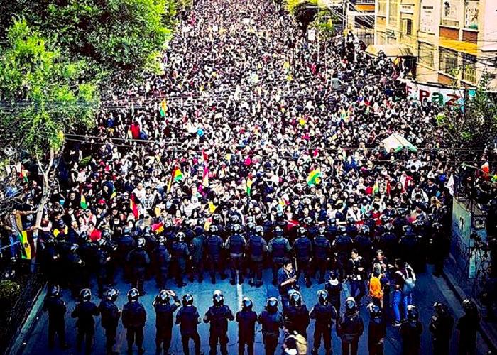 Manifestaciones en La Paz contra el fraude electoral.