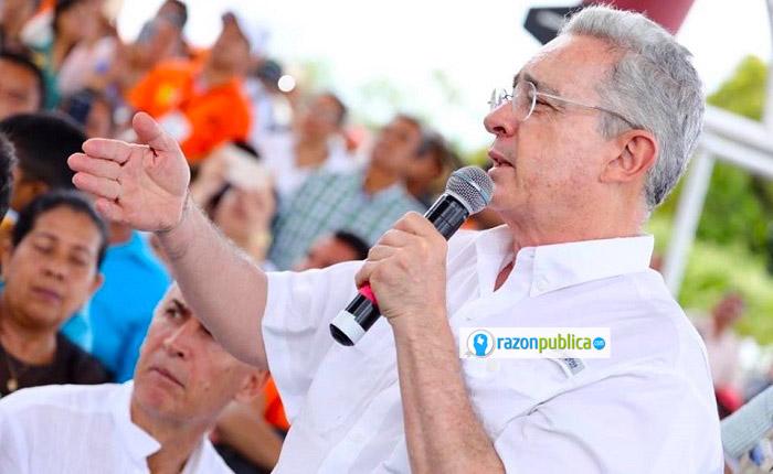 Uribe ha perdurado en la política por su particular forma de gobernar y de co-gobernar.