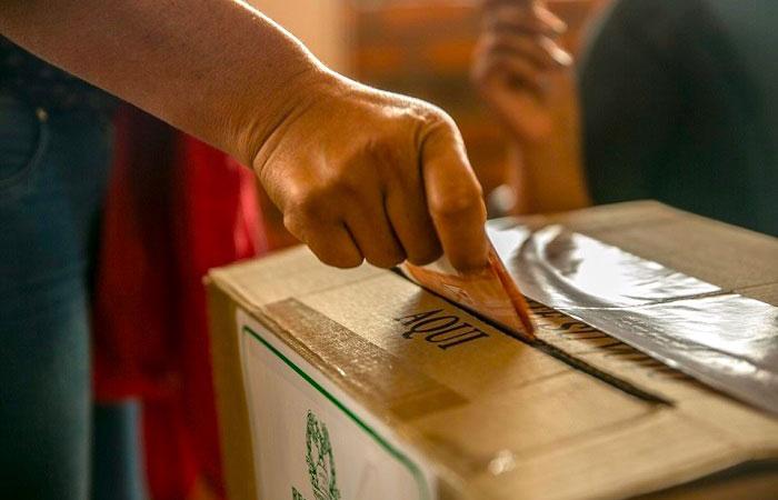 La ausencia de la amenaza del conflicto permitió unas elecciones con mayor competencia y cobertura geográfica.