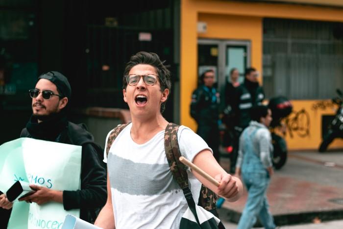 Las manifestaciones fueron numerosas, pacíficas y creativas.