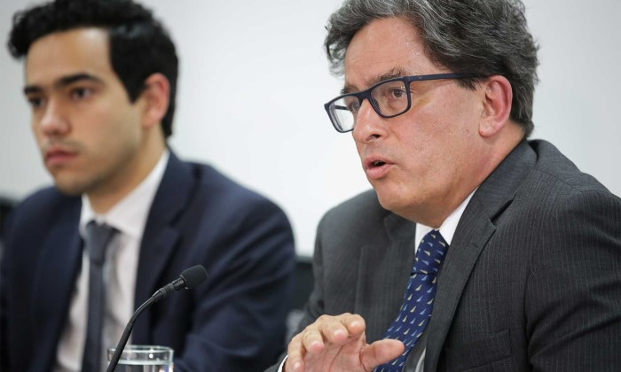 El Ministro Carrasquilla ha dicho en varias ocasiones que hay que reformar el régimen de prima media.