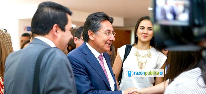 Néstor Humberto Martínez le hizo un daño enorme a la Fiscalía por tomarla para hacerle oposición al proceso de paz.