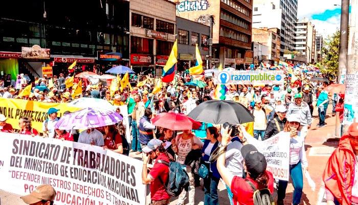 Cortesía Jonathan Santos Las marchas ya completan casi tres semanas y la mayoría de las personas tiene una opinión favorable sobre el paro.