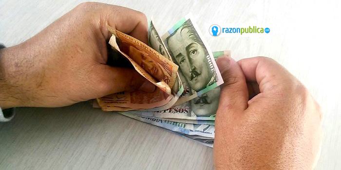 Defensoría del Pueblo Una familia necesita que ambos padres devenguen entre $909.100 y $1'217.300 para cubrir las necesidades más básicas.