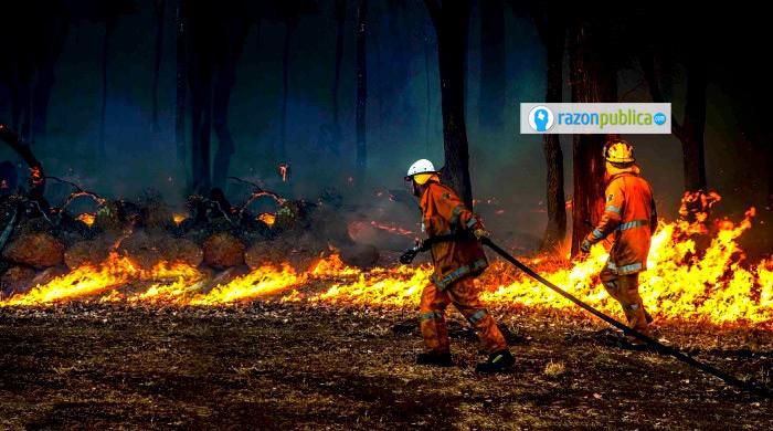 Australia lleva meses tratando de controlar los incendios, ¿tiene que ver el cambio climático) Imagen ilustrativa.