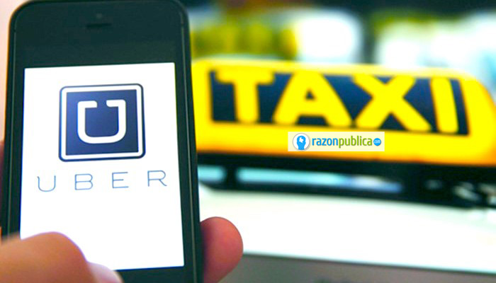 El debate entre Uber y Taxi debería preguntarse por las condiciones laborales de los conductores en ambos sistemas.