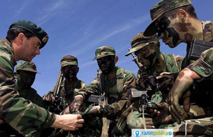 Bandos entre militares