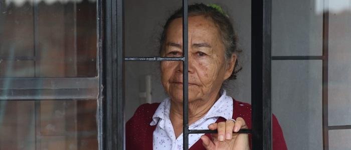 Adultos mayores y confinamiento