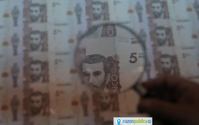 La volatilidad del precio del dólar es una pesadilla